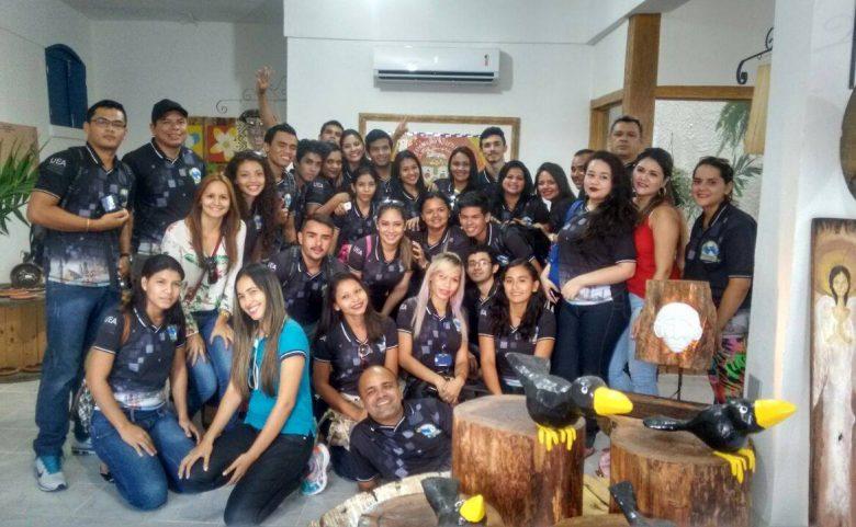 Alunos do Curso de Turismo UEA Manacupuru visitam Casa do Frei em Manaus.